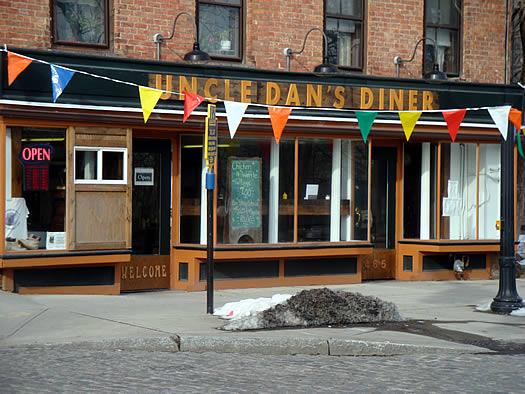 uncle dan's diner exterior