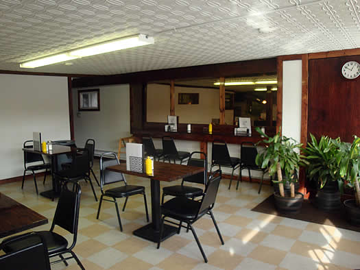 uncle dan's diner interior