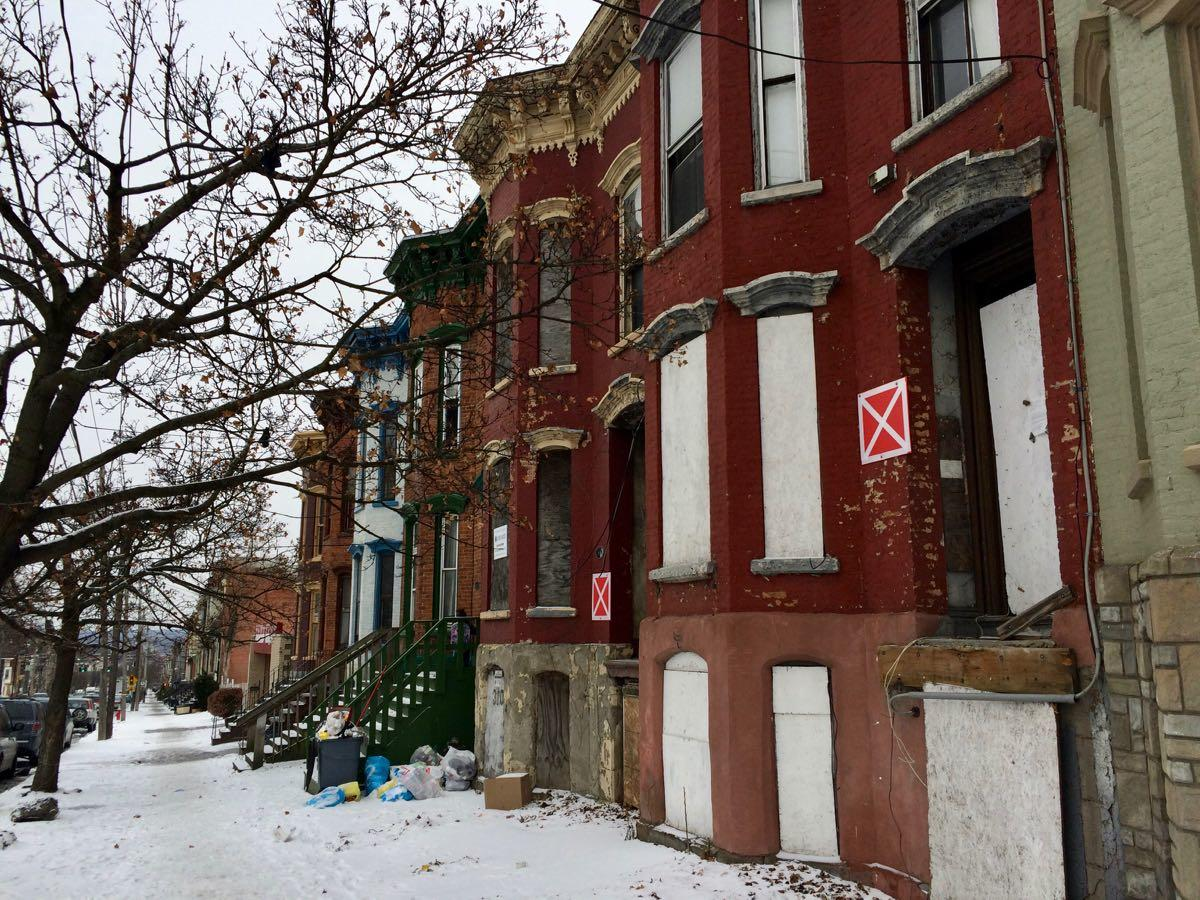 vacant buildings on Clinton Ave in West Hill 2018-January