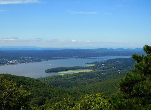 view_from_breakneck_ridge.jpg