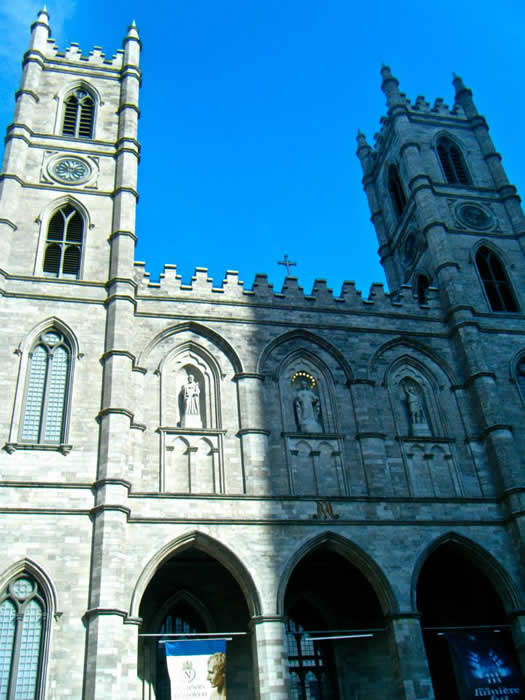weekend_destination_Montreal_Basilique_Notre_Dame.jpg