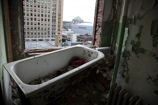 wellington bathtub